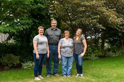 AG_2018_07_Bertele Family Portraits__D3S3852-2