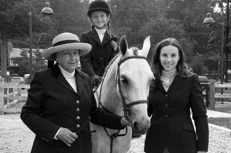Three Generations of horsewomen:<br /> Ann Maffry (Grandmother), Alexis Mozeleski(Granddaughter),  Caroline Mozeleski (Daughter).