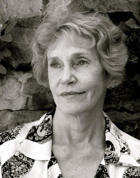 Molly Giles, Writer