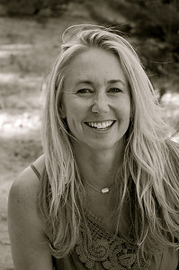 Stacey Knapp, Writer