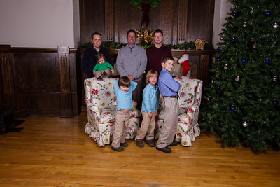 Brorby Family  ©2011 JR Howell. All Rights Reserved.  JR Howell 1812 37th Street Ct Moline, IL 61265 JRHowell@me.com