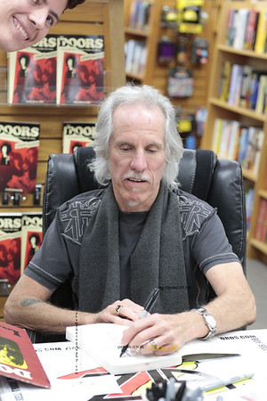 John Densmore  The Doors and a fan at book signing 121313 N9A3088PL