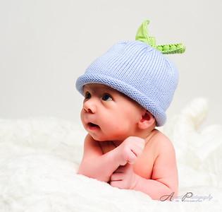 20101029Caleb_newborn_portraits13