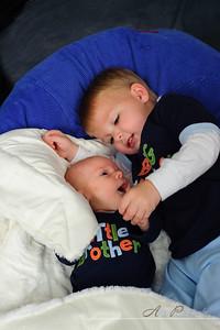20101029Caleb_newborn_portraits42