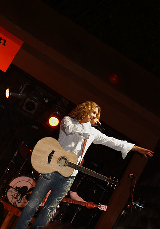 "IMG#2103 Bucky Covington performing in Rosenhayn, New Jersey Open Air, ""Concert on the Green"" - October 11, 2009"
