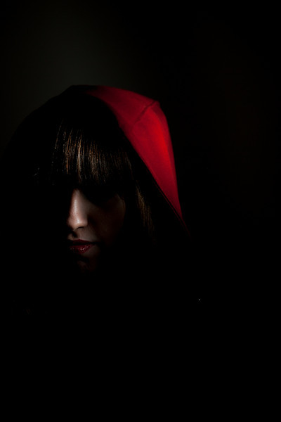IMAGE: http://www.norcalnomad.com/Portraits/Carmen-Black-and-Red/CarmenReddark/1068418067_cMHgB-L.jpg