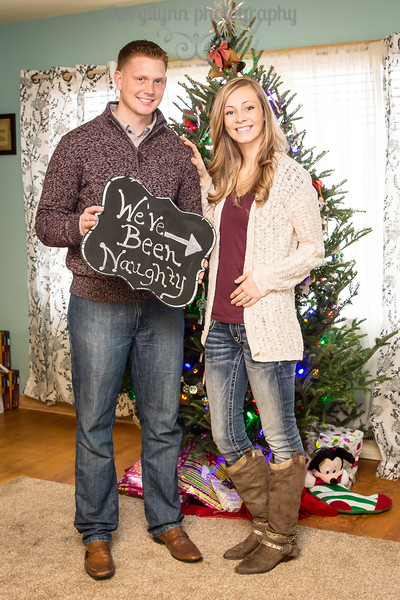 Caudill Christmas Maternity Announcement