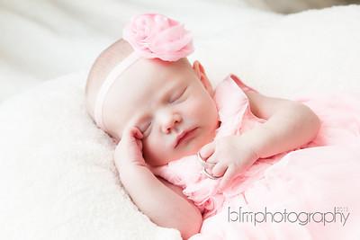 Ava-Lebrecque_Newborn-186