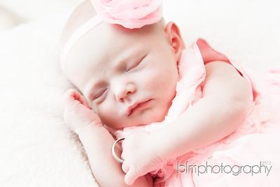 Ava-Lebrecque_Newborn-190