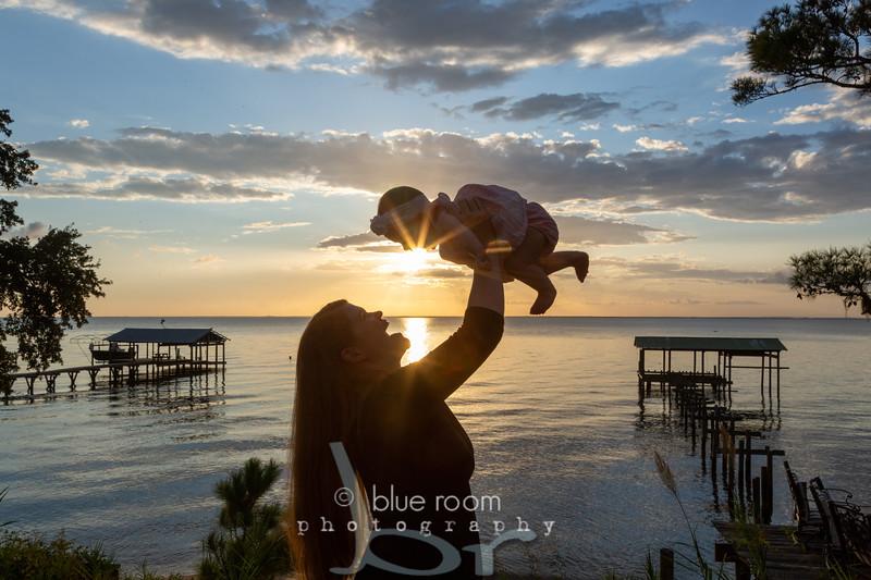 BABY-DELANEY-BLUE-ROOM-PHOTOGRAPHY-CHILDRENS-PORTRAITS-DAPHNE-FAIRHOPE-7238