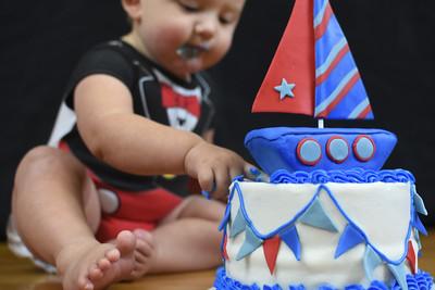 Hayden | Cake Smash