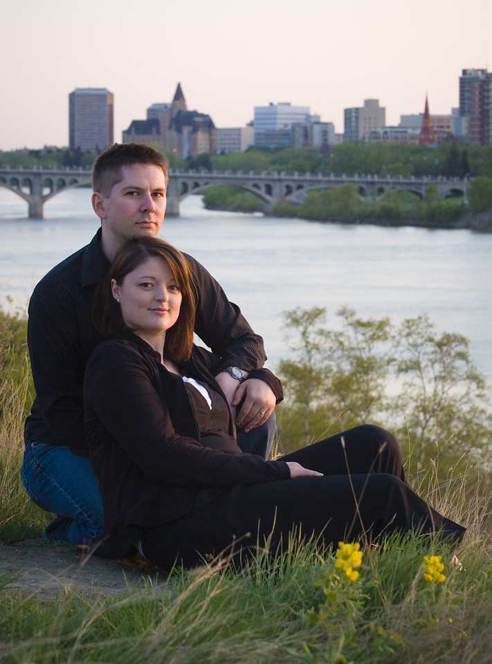Engagement photos of Chris and Shanin at University of Saskatchewan May 11, 2007. Photo by Geoff Howe.