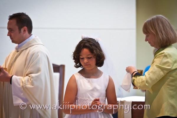 Claudia First Communion-10