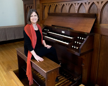Vivian Montgomery, Music Director, Follen Church