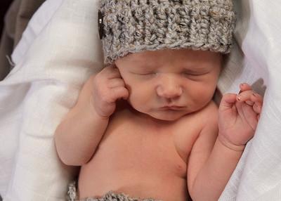 Lincoln Newborn12