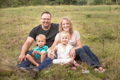 Saari-Family-6901_08-27-14 - ©BLM Photography 2014