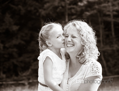 Saari-Family-6974_08-27-14 - ©BLM Photography 2014