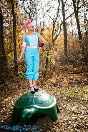 Izabel Cortez as Bo Peep