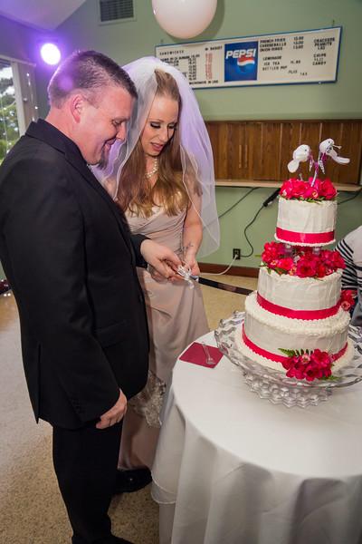 Cake Cutting 0982 May 9 2015_edited-1