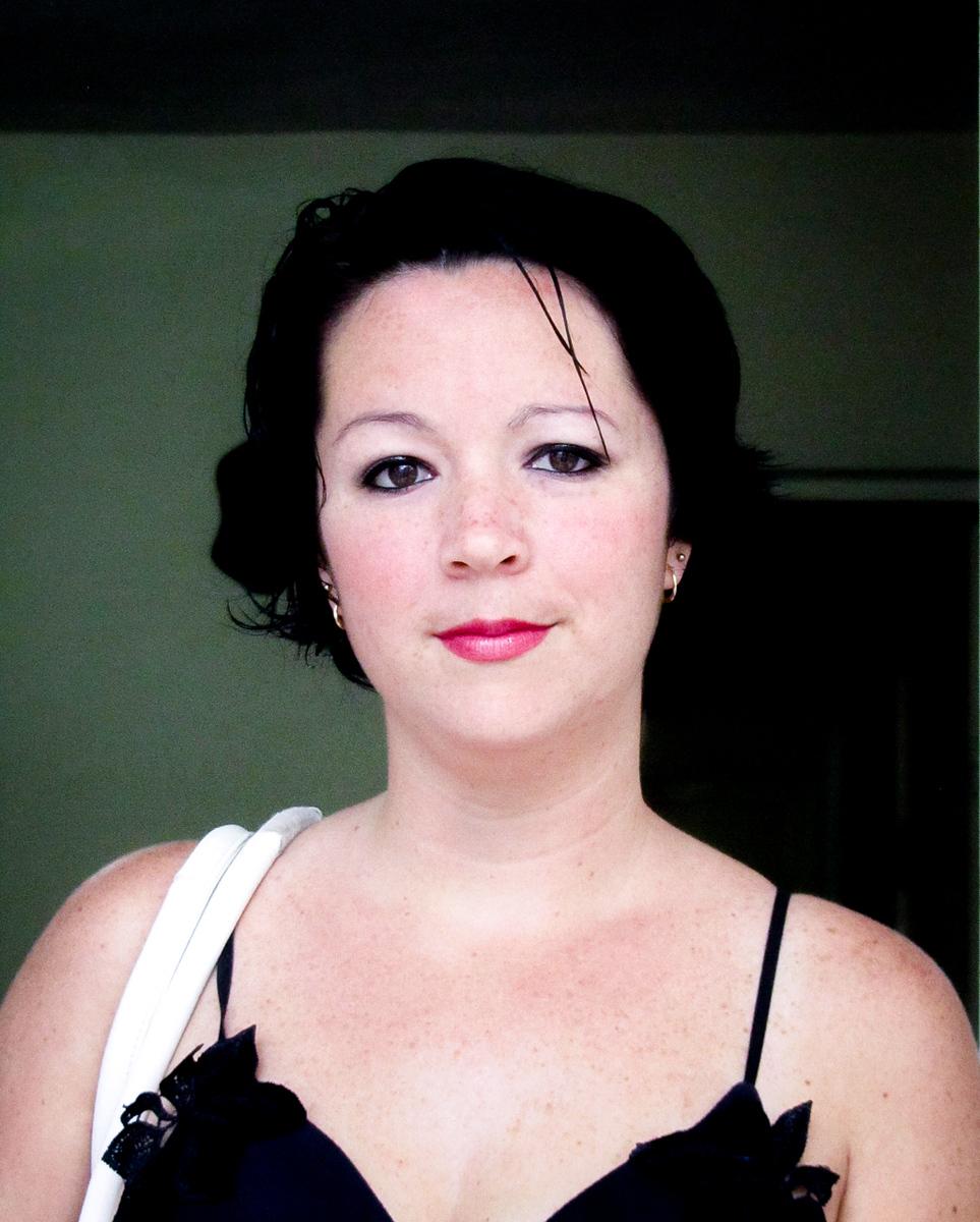 IMAGE: https://photos.smugmug.com/Portraits/Cuba/i-rDRgJSh/0/8091e4af/X3/IMG_1120-X3.jpg