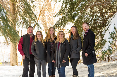 2016_DaBell Winter Family Portraits_0072