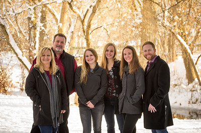 2016_DaBell Winter Family Portraits_0120