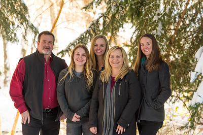 2016_DaBell Winter Family Portraits_0051