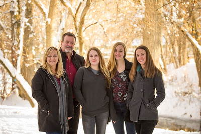 2016_DaBell Winter Family Portraits_0085