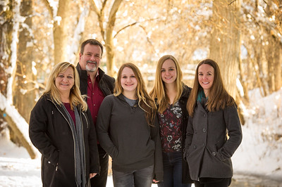 2016_DaBell Winter Family Portraits_0074