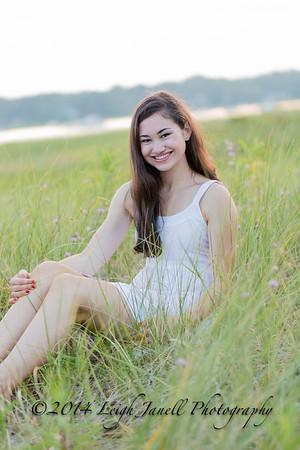 Emily-467