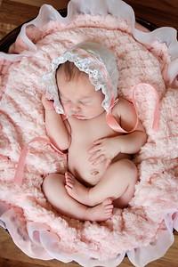 Newborn_Emma-31