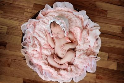 Newborn_Emma-30