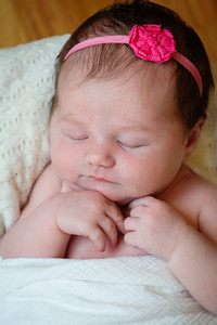 Newborn_Emma-25