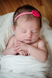 Newborn_Emma-23