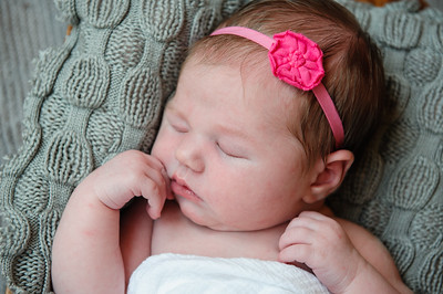 Newborn_Emma-40