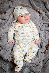 Emmett 1 month-5