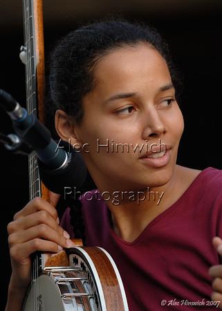 Rhiannon Giddens at a Carolina Chocolate Drops concert at Duke Gardens, Durham, NC on June 21, 2007.