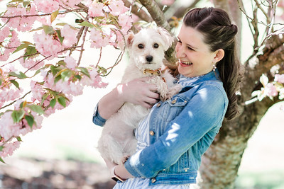 © 2015-2020 Sarah Duke Photography | Spring Mini Session at The Armour House and Gardens in Virginia | Published Fine Art Wedding and Portrait Photographer in Richmond Virginia