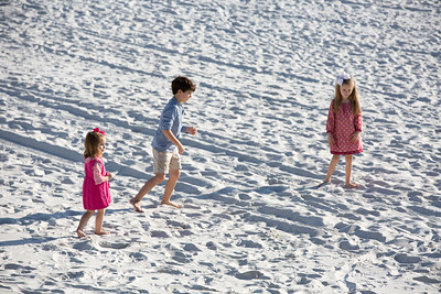KIDS ON THE BEACH 12-27-2016-1782
