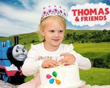 P9066217 Thomas 3