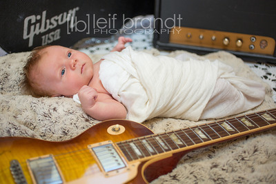 20121126 Gibson Adams 013