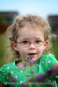 Portraits_MaddyJ_2009_9S7O2981
