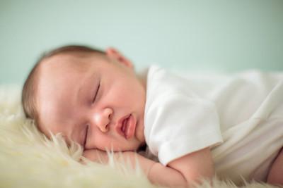 Sawyer Wilson Newborn 007