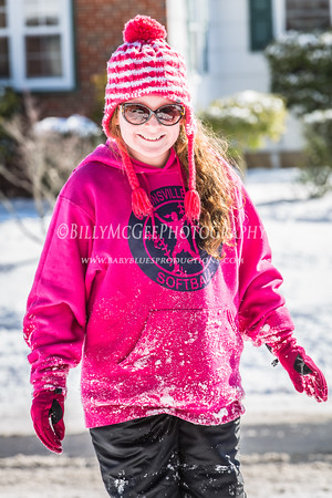 Playing in the Snow - 17 Feb 2015
