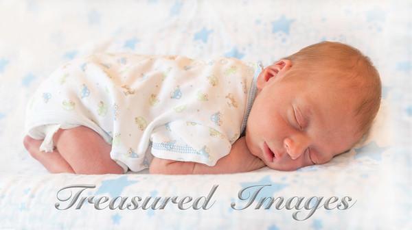 _DSC5517-Milo-sleep-on-stars_MothersDay-May-2015_13x24