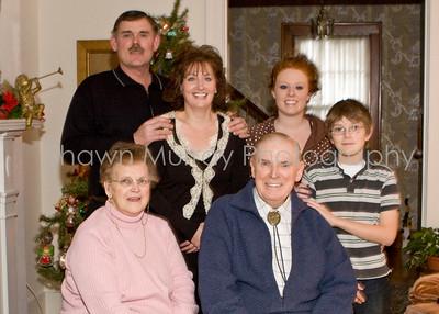 Ryans Family_122607_0388 family 5x7