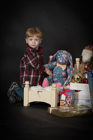 Carli Family Christmas 12-17-16