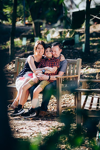 16_Thomas Fam_Alurkoff_Film_and_Photography_Brisbane