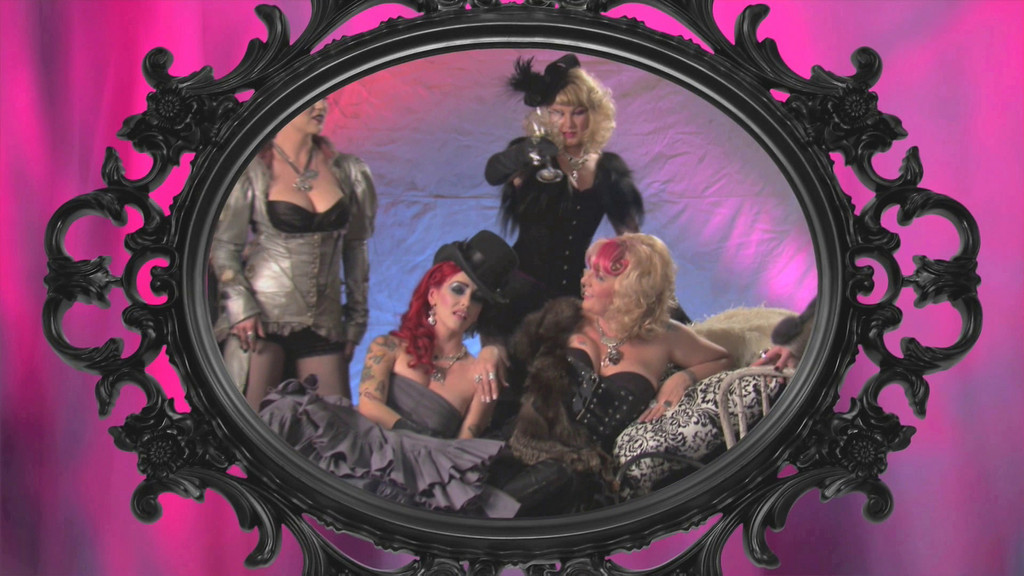 Femme Metale Music Video in High Definition (Choose viewing size from the top of screen)