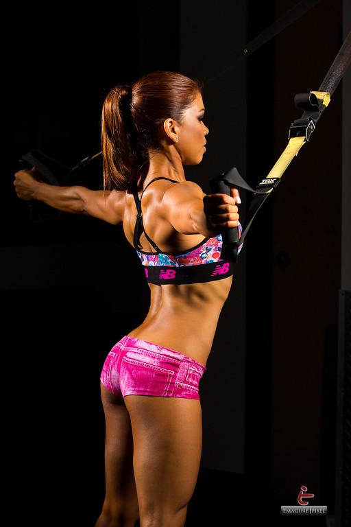 IMAGE: http://www.emaginepixel.com/Portraits/Fitness-Jorgette/i-RH9kWmz/1/XL/20130830-Jorgette-Fitness-208-XL.jpg